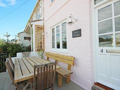Photo for DORY COTTAGE, pet friendly, with a garden in Salcombe, Ref 995060