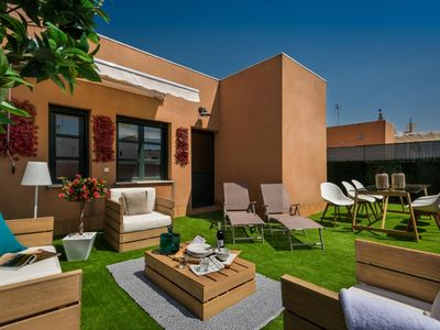 Photo for Amazing 3 bedrooms Duplex with great loation and huge Terrace. Zaragoza III
