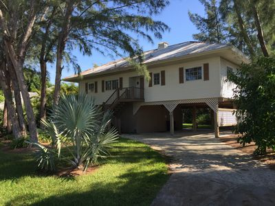 Photo for Close to Beach, Quiet Golf Comm, Wifi, Outdoor Shower, Covered Parking