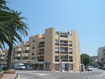Photo for Apartment in the center of Cavalaire-sur-Mer with Internet, Pool, Lift, Parking (103721)