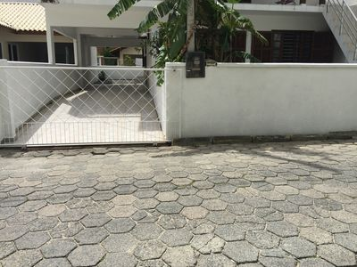Photo for Beautiful House 150m from Praia de Bombas
