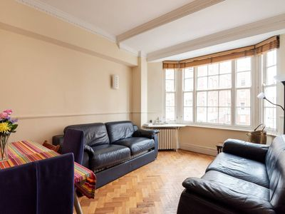 Photo for Amazing Central Location for up to 7 guests!