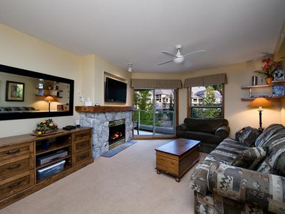 Photo for Prime Ski-in Ski-out Location! Top Floor Unit, Pool, Hot tubs, BBQ (438)