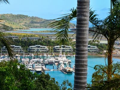 Oasis 17 - Beautiful Apartment on Hamilton Island