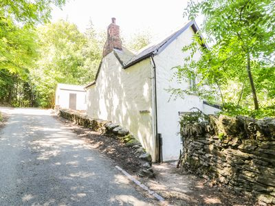 Photo for TAN Y BEDW UCHA, family friendly in Llangollen, Ref 950625