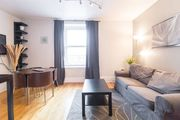 BEST location in town: near Old Montreal and Berri-UQAM metro! 1 BR aptmt (max 4 guests).