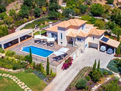 Photo for 10% discount July + Aug! Top villa, 12 people, heated pool *, lounge area, sea view