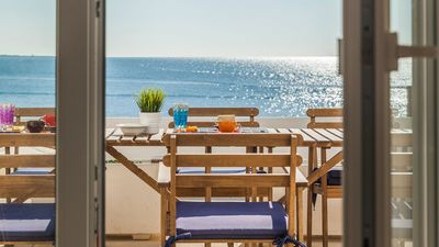 Photo for Big apartment near the historic centre of Gallipoli, with enchanting view on the sea.