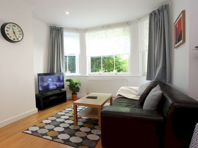 Photo for 016 1B · Spacious holiday apartment in Belsize Park
