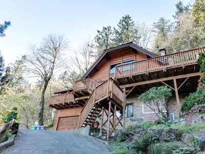 Photo for Mt. Tabor retreat w/ hot tub & gorgeous views of Mt. Hood!