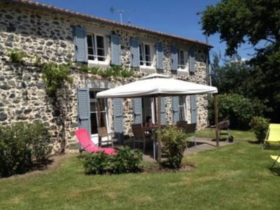 Photo for Vacation rentals 8 to 9 people 4 bedrooms near Bressuire and Puy du Fou