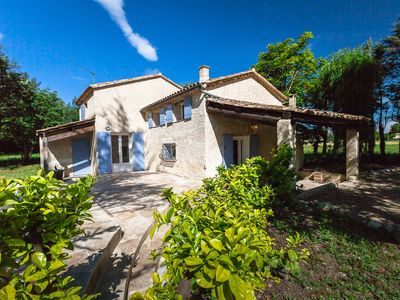 Photo for BEAUTIFUL VILLA WITH HEATED POOL IN THE HEART OF PROVENCE