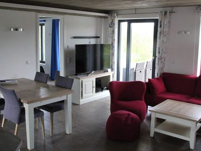"Photo for Apartment ""V19"" 80m² up to 6 persons - ""V19"" beach residence apartment in Prora"