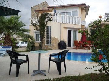 3 Double Bedroomed Villa with private swimming pool
