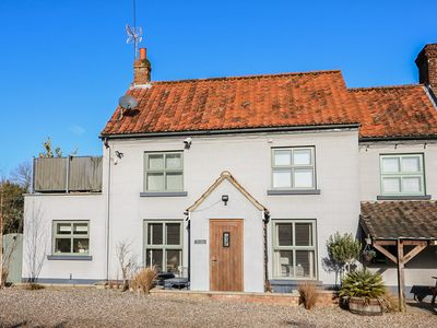 Photo for 1BR Cottage Vacation Rental in Melton Constable