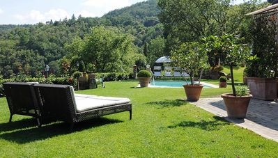 Photo for Villa Paolina, stunning villa with pool in private parkland near Florence, Tusca