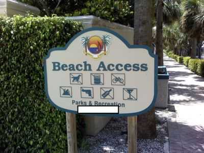 Photo for Direct Marco Beach Access!