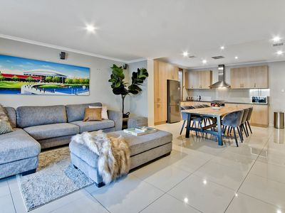 Photo for Adelaide 4 Bedroom House with Pool