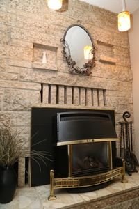 Front room gas fireplace