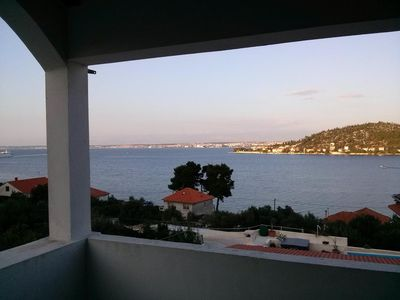 Photo for Two bedroom apartment with balcony and sea view Kali, Ugljan (A-14083-c)