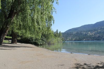 Beach at Kaloya Park on Kalamalka Lake - only a few minute walk from the house