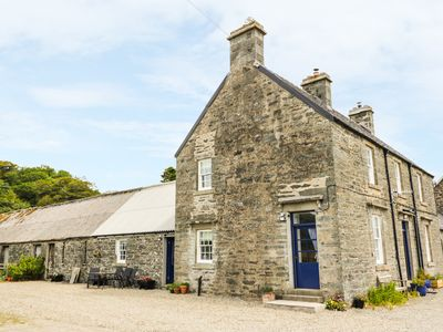 Photo for Seaview-Barsloisnach Cottage, KILMARTIN