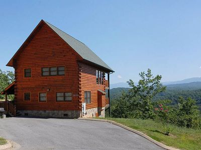 2br cabin vacation rental in pigeon forge tennessee 218363