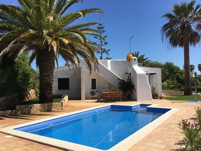Photo for Quiet holiday home in fantastic location with heated private pool