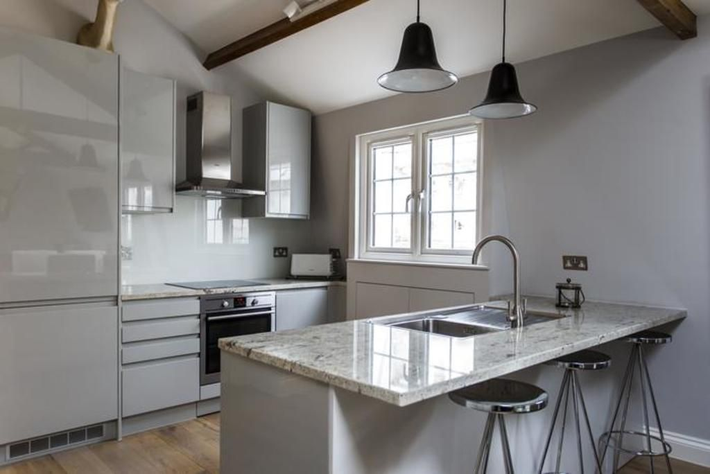 London Home 749, Imagine Your Family Renting a Luxury Holiday Home Close to London's Main Attractions - Studio Villa, Sleeps 2