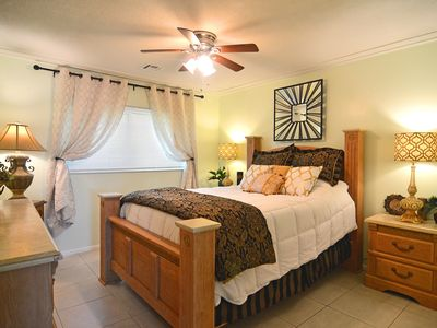 Photo for Always SeaSun, 2 bedroom Sleeps 6, Clean/Updated, Full Kitchen, Internet/Netflix