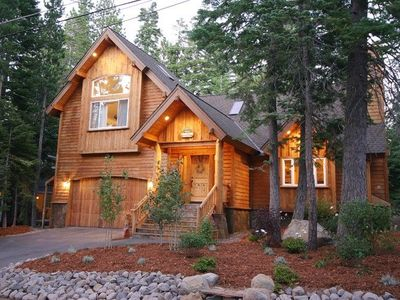 Photo for Ideal West Shore house with hot tub, wooded back yard, and luxury amenities