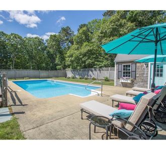 Photo for Newly renovated Large 5 bedroom home with heated salt water pool