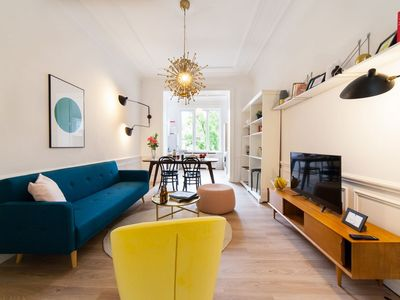 Photo for Louise - Two Bedroom Apartment, Sleeps 5