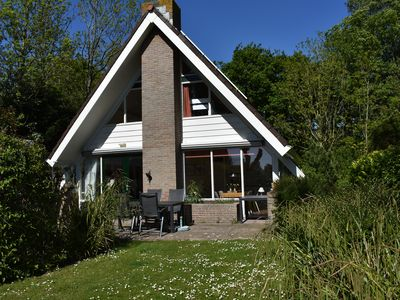 Photo for Comfortable 8-person holiday home in a quiet location on 530 m² of land