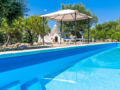 Photo for Trullo Gemelli: Charming Countryside Trullo with Pool