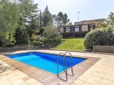 Photo for Catalunya Casas: Fabulous country villa in Airesol D, only 30km from Barcelona!