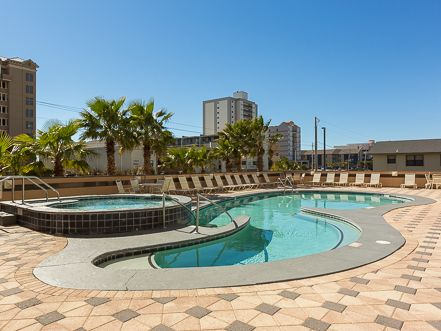 1903 Crystal Tower - 19th Floor Beach Views of Gulf Shores!  High End Complex with Luxury Amenities!  Free Wi-Fi included for you to use while sitting on the Private Balcony!  Stay in Touch while Enjoying Vacation!