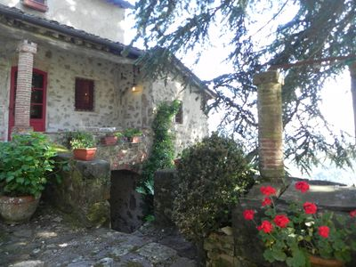 Photo for Cottage on the hills 10 km from Lucca. Wifi. Pool. Garden. 4-rooms 4bagni