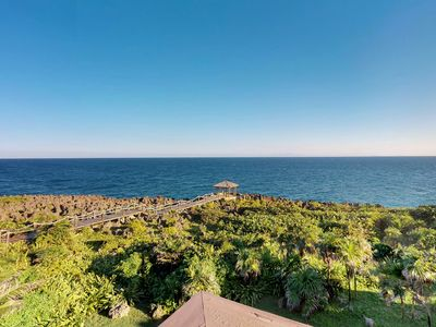 Photo for Oceanfront retreat with breathtaking views, shared pool, 15 min. walk to beach!