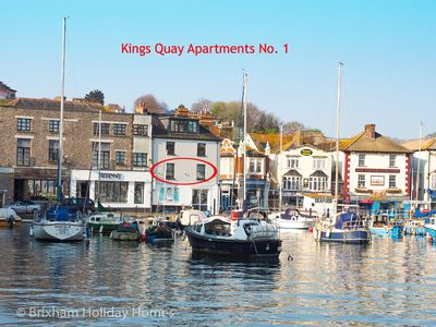 Photo for Luxury apartment in prime harbourside location. Spectacular sea views & parking