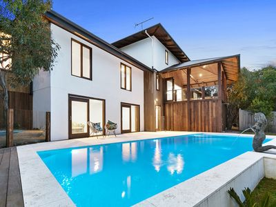 Photo for LUXURY ON SHE OAK - Fairhaven, VIC