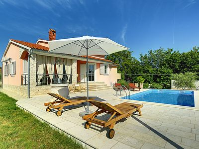 Photo for Vacation home Laura  in Pula/Marčana, Istria - 8 persons, 4 bedrooms