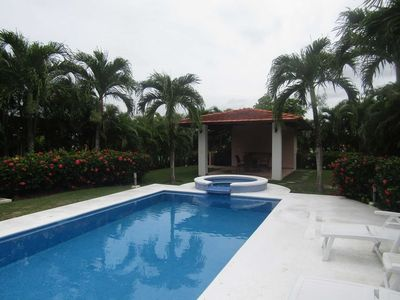 Photo for 4 bedrooms townhouse with a pool and Jacuzzi