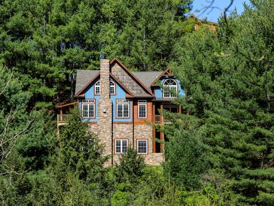 Photo for A Mountain Dream - 3 mi from Downtown Boone with hot tub & pool table!
