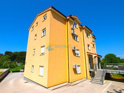 Photo for Apartment 800/1866 (Istria - Valbandon), Family holiday, 350m from the beach