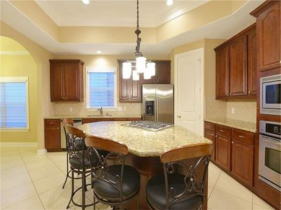 Chef's Kitchen with Large Island. All kitchen basic utensils provided!