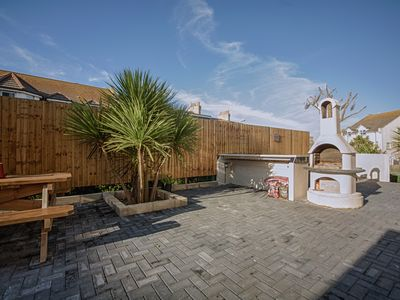 Photo for The Escape - Ultimate Surf Lodge Newquay Weekender