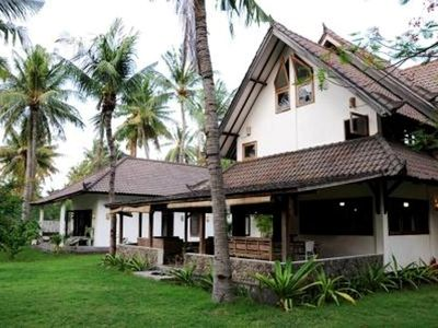 Photo for 3 bedroom family house to rent in Gili Trawangan