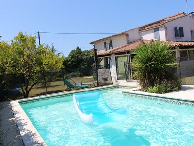 Photo for Large Charentaise house with swimming pool near the beaches of Royan