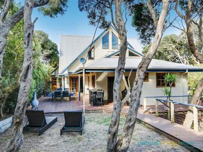 Photo for Sea La Vie - Centrally located in Blairgowrie